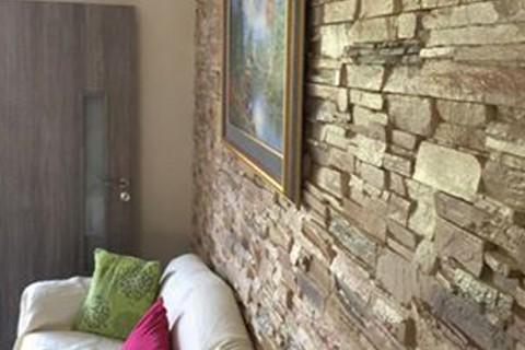 Επένδυση πέτρας στην Καισαριανή