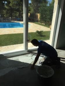 Τοποθέτηση πλακιδίων μεγάλων διαστάσεων από την New Home Constructions