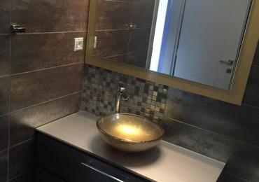 Μια νέα πολυτελές κατασκευή μπάνιου από την New Home Constructions